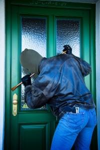 inbrott tjuv dörr